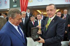 FILA Präsident Martinetti mit dem türkischen Ministerpräsident Erdoğan