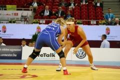 Aline Focken (rot)